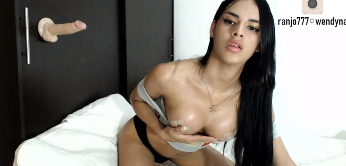 Latina shemale with long nails