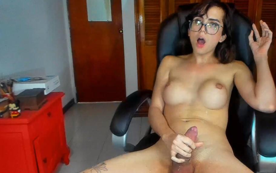 Masturbate with ladyboy Bittersweet